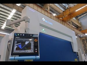 Presse plieuse hydraulique CNC 8 axes 110 tonnes 3200mm