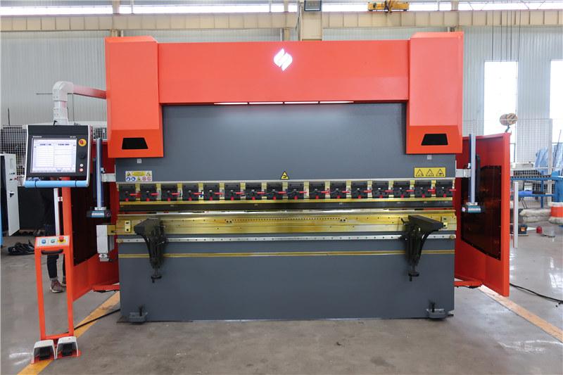 Presse plieuse ACCURL DA66T 4axis 3000mm