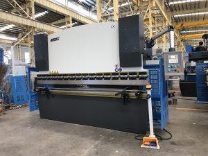 presse plieuse hydraulique manuelle WC67Y-125T / 3200