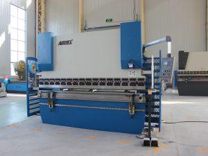 avec presse-plieuse hydraulique E200 system Wc67